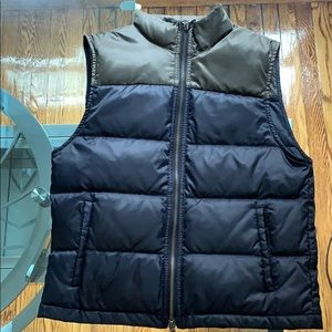 Club Monaco Forrest/navy color-block puff vest